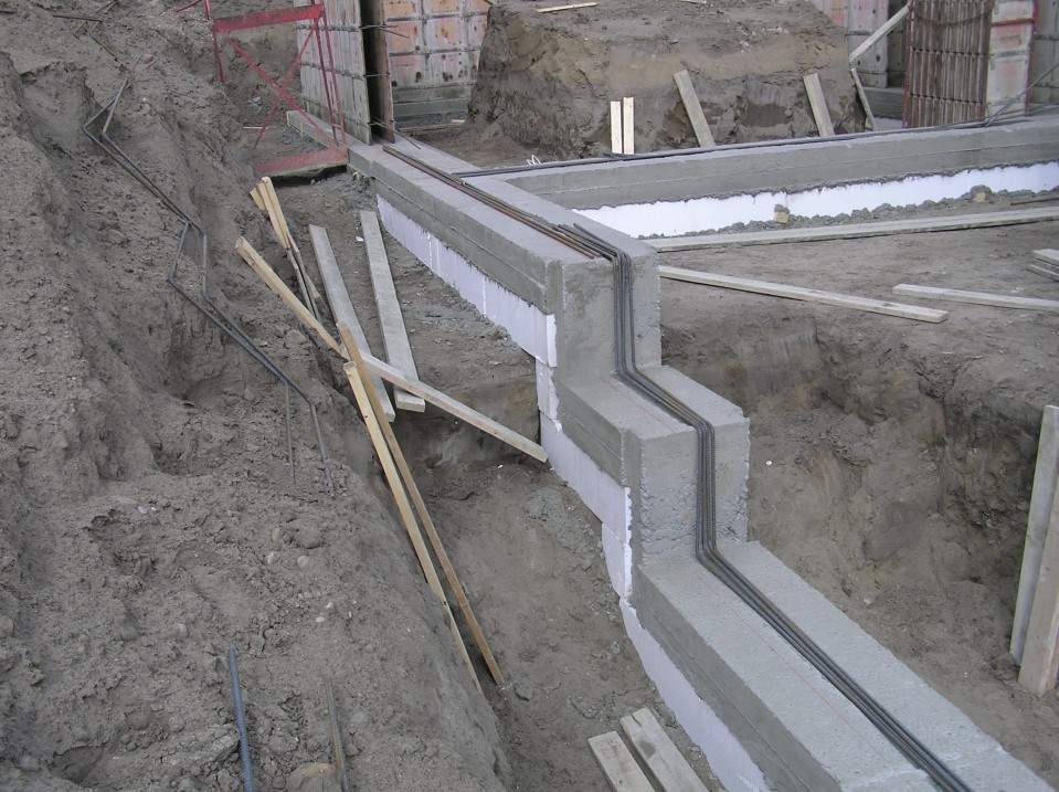 Concrete Foundation Wall Design : Foundation walls ? cottonwood passive house