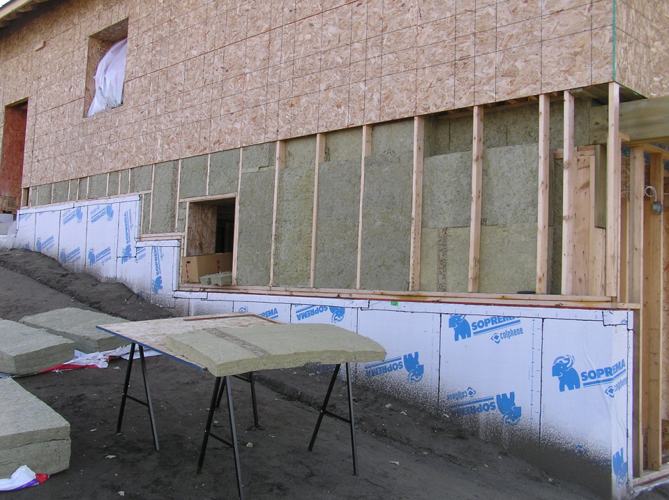 Insulation and sheathing cottonwood passive house for Exterior wall sheeting